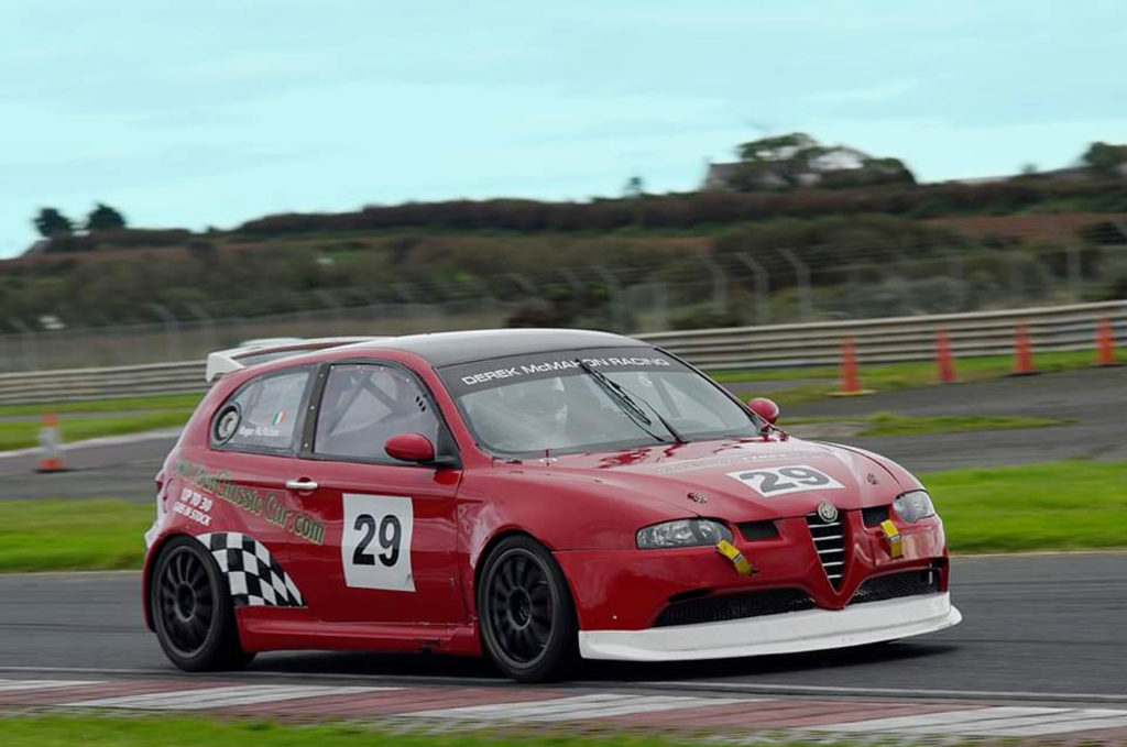 Alfa Romeo - Roger McMahon 147 Cup